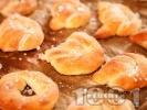 Рецепта Мини домашни бретцели на фурна (със суха мая)